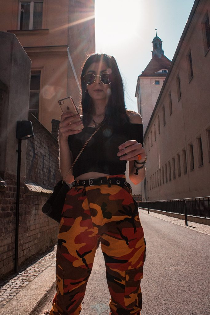 SPRING OUTFIT WITH OFF-SHOULDER TOP AND CAMO PANTS