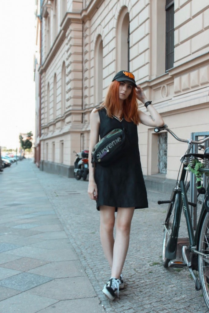 BERLIN FASHION WEEK - OUTFIT NR. ZWEI: GIRLY STREETWEAR LOOK