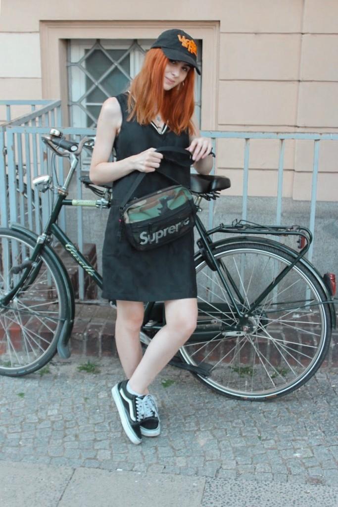 BERLIN FASHION WEEK - OUTFIT NR. ZWEI: GIRLY STREETWEAR LOOK